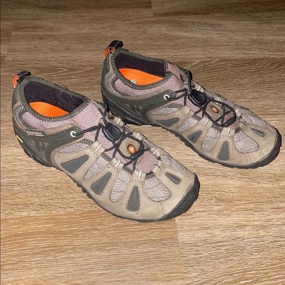 bear grylls hiking boots